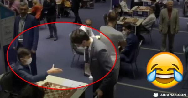 Aperto de mão MAIS BIZARRO DE SEMPRE numa partida de Xadrez