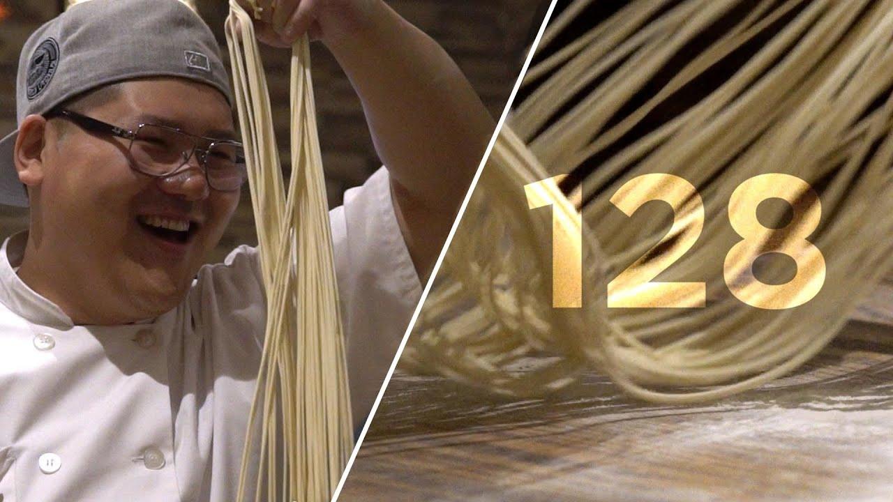 Vê este BOSS esticar 128 noodles em 10 segundos