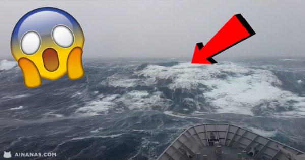 MEDO: navio enfrenta ondas gigantes