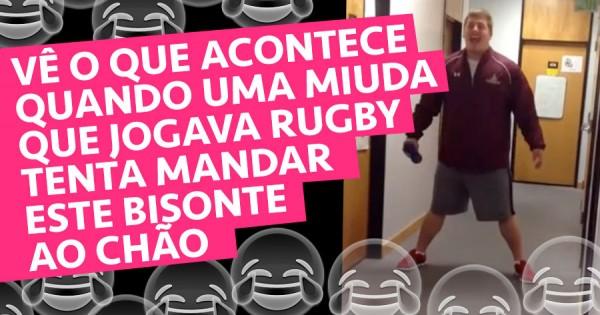 Rapariga do Rugby Tenta Atirar Bisonte ao Chão