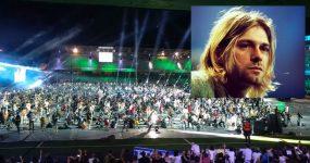 """1200 músicos tocam """"Smells like teen spirit"""" em Tributo aos NIRVANA"""