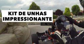 Kit de Unhas IMPRESSIONANTE ao Volante de um Kart de Corridas
