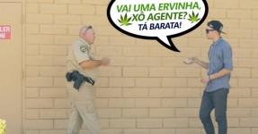 Jovem Mágico Tenta Vender Erva a um Polícia