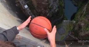 Esta Bola Fez Algo de INESPERADO devido ao Efeito Magnus