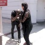 Kanye West vai com os Cornos ao Poste