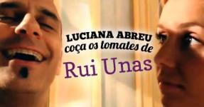 Luciana Abreu coça os Tomates ao Unas