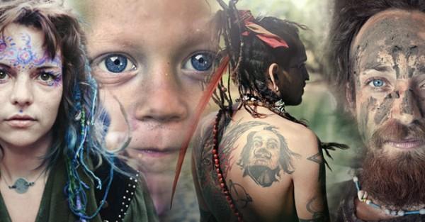 """Fotógrafo capta imagens raras da """"Tribo do Amor"""""""