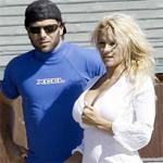 Pamela Anderson Saca Bicos Debaixo de Água