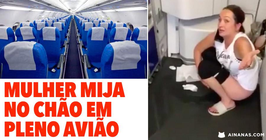 Mulher MIJA NO CHÃO em Pleno Avião
