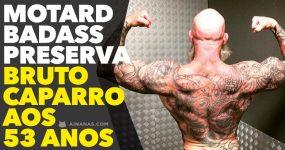 Motard Badass preserva BRUTO CAPARRO aos 53 anos