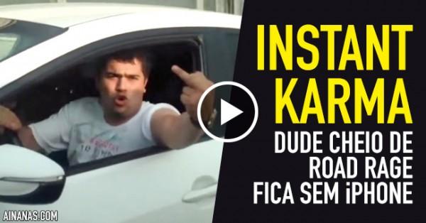 Dude Cheio de Road Rage fica sem iPhone